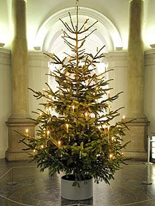 Old fashioned artificial christmas trees 42
