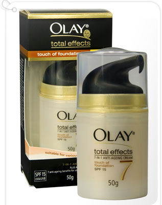 olay total effect ponds age miracle creams I'm thinking of buying an anti-aging cream, problem is, i don't know what cream to choose olay or pond's both are pretty expensive so i would like to buy only one any suggestions perhaps.