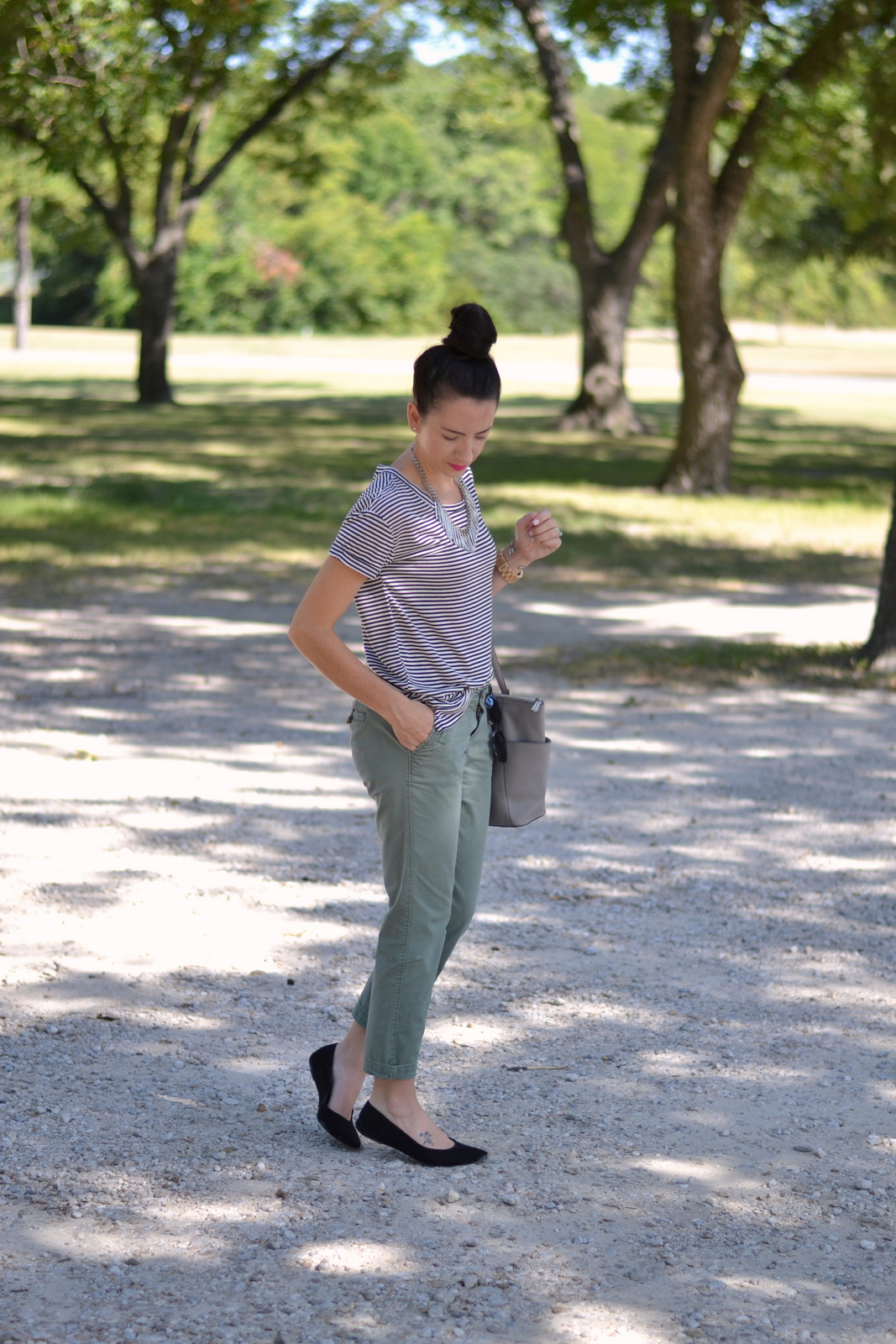 Basic summer look with striped tee and flats