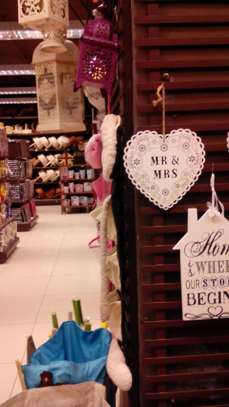 Card invitationdoor gift and decoration items wonderful wedding kaison centre point sabah junglespirit Images