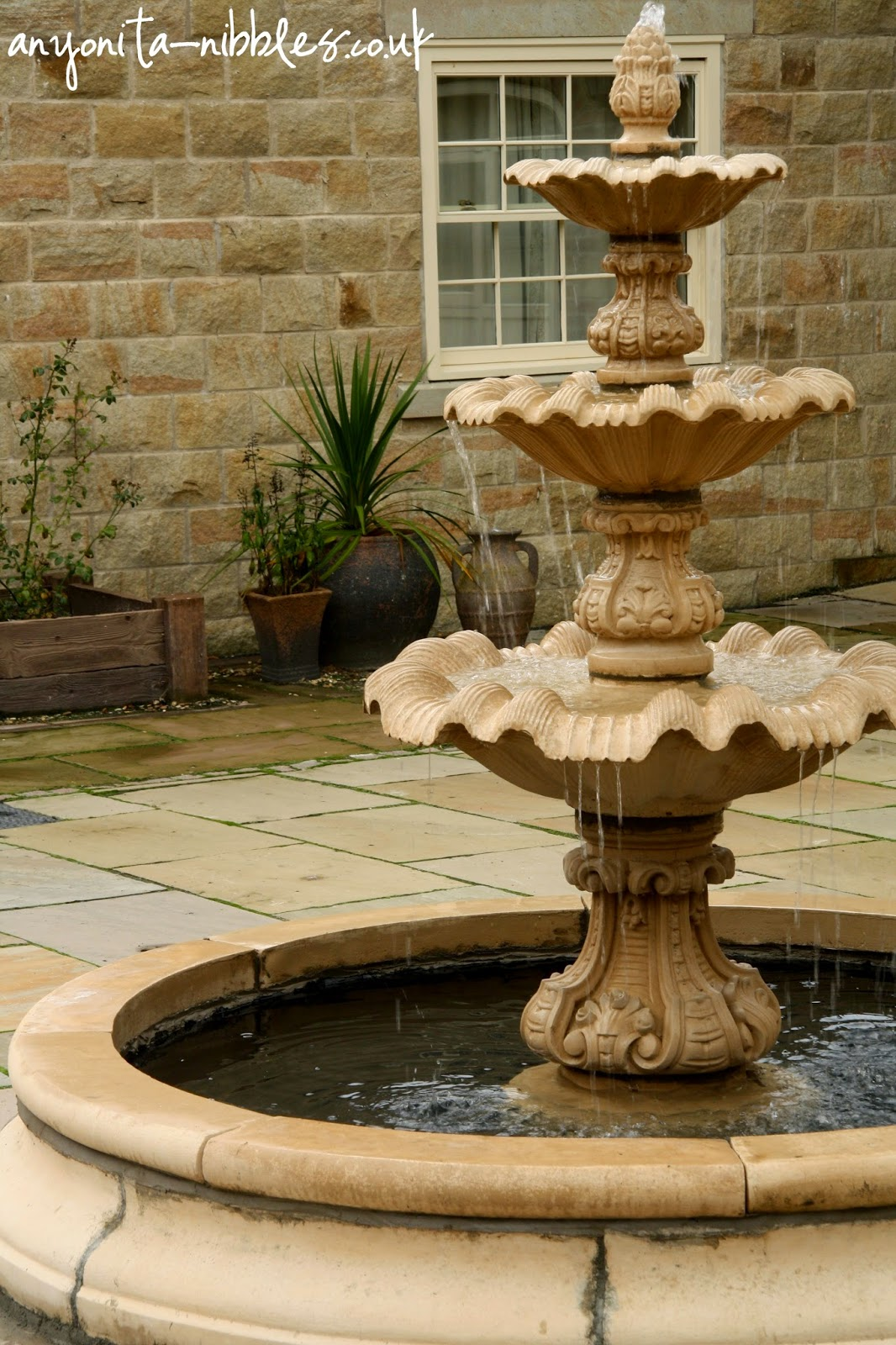 Tranquil courtyard fountain | Anyonita-nibbles.co.uk