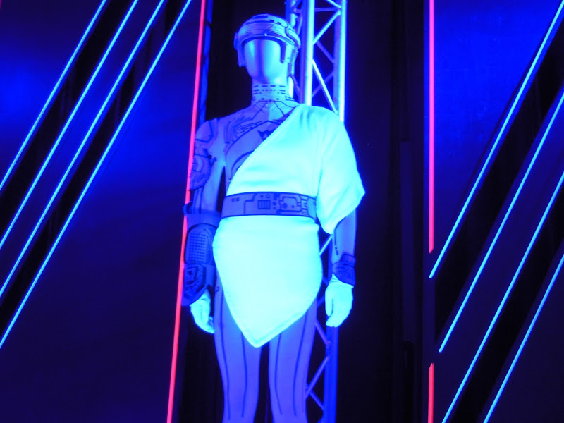 Jeff Bridges Flynn Tron costume