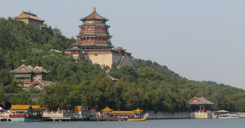 top 10 tourist destinations in 2012