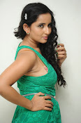 Ishika singh new hot photos-thumbnail-2