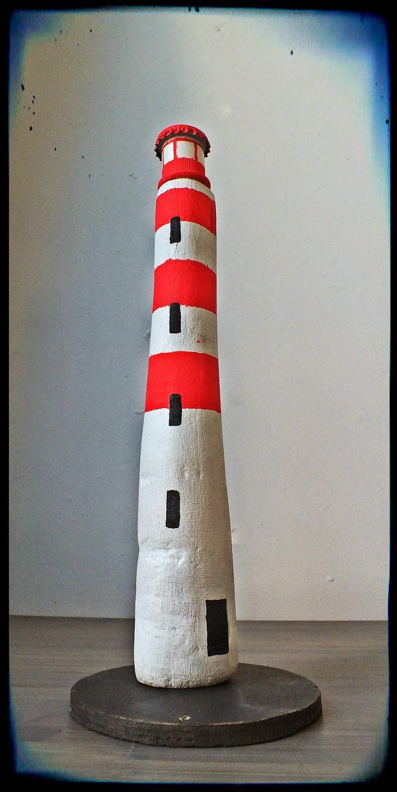 Mutoz inc art en bois flott phares bretons en bois flott for Peinture bois flotte