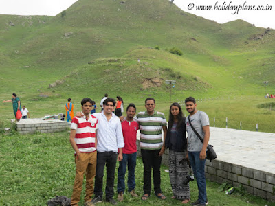 Group pic near the Prashar temple