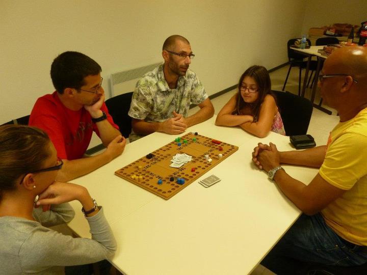 L 39 table des jeux juillet 2012 - Comment fabriquer le jeu tac tik ...