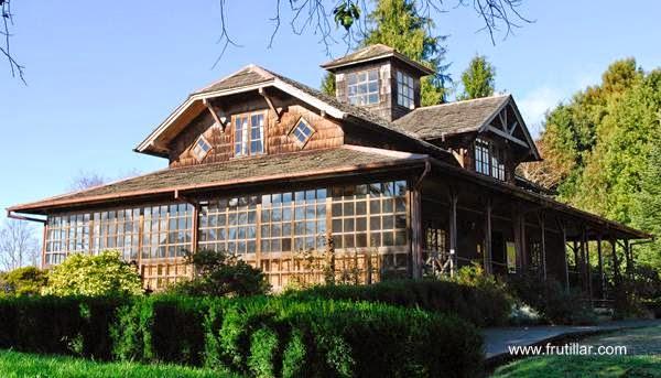 Perspectiva de una casa de madera