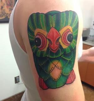 Tatuagens de coruja únicas no braço