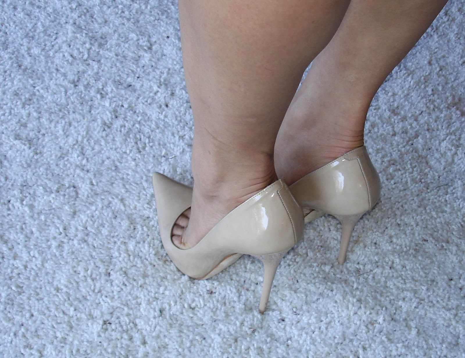 high heels toe cleavage - 28 images - the toe cleavage ...