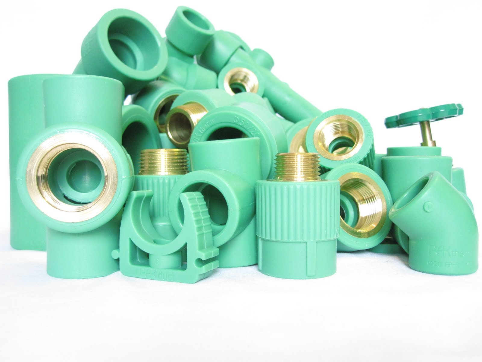 Pp r pipes it 39 s good for health to using high quality ppr for Plastic water pipe