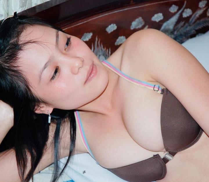Kieunu.Info 4240782385926328876322105206890281605538341391938957njpg1336267527 Ngắm hình ảnh vòng 1 cực sexy của mấy em 9x
