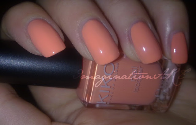 kiko_359_pesca_chiaro_swatch_swatches_nail_polish_lacquer_smalto_review_unghie