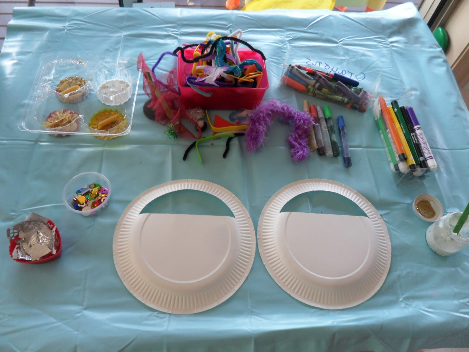 Feb 16 2012 & Learn with Play at Home: Paper plate bag