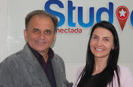 Airton Engster dos Santos e Camila Rossi do Studio Pilates...