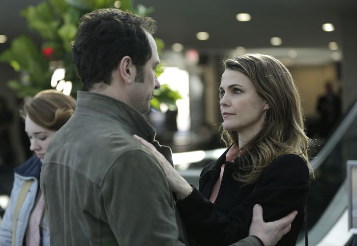 "The Americans - Episode 3.13 - ""March 8, 1983"" (Season Finale) - Promotional Photos *Updated with Promo*"