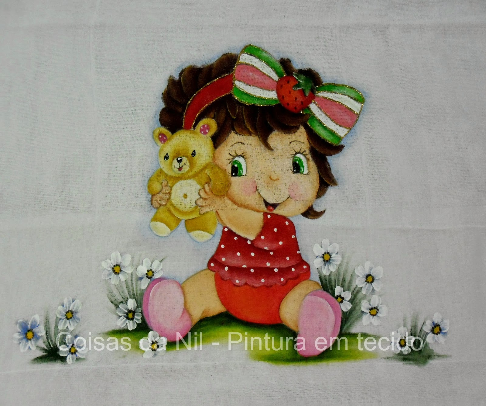 fralda para menina com pintura da moranguinho baby com ursinho
