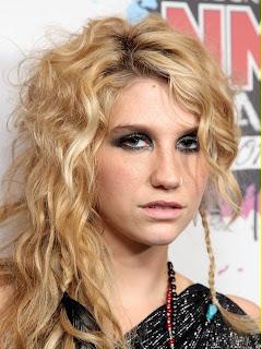 2011 Summer Loose Wavy Hairstyles