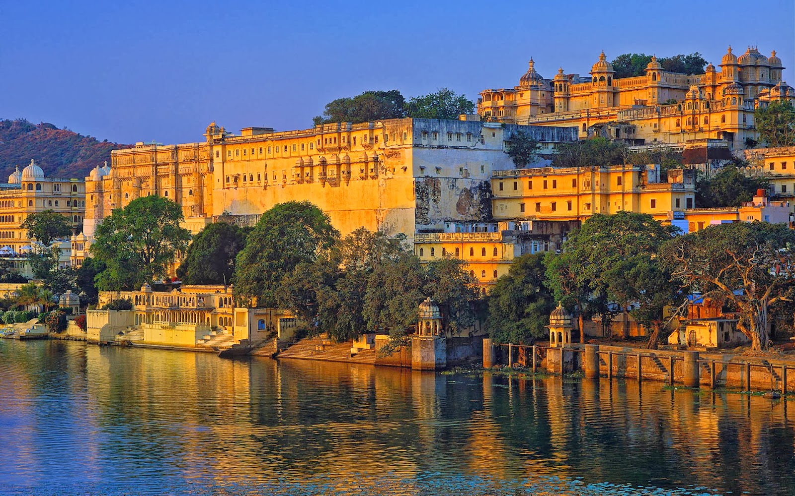 rajasthan-india-world-hd-wallpaper-1920x1200-7079.jpg