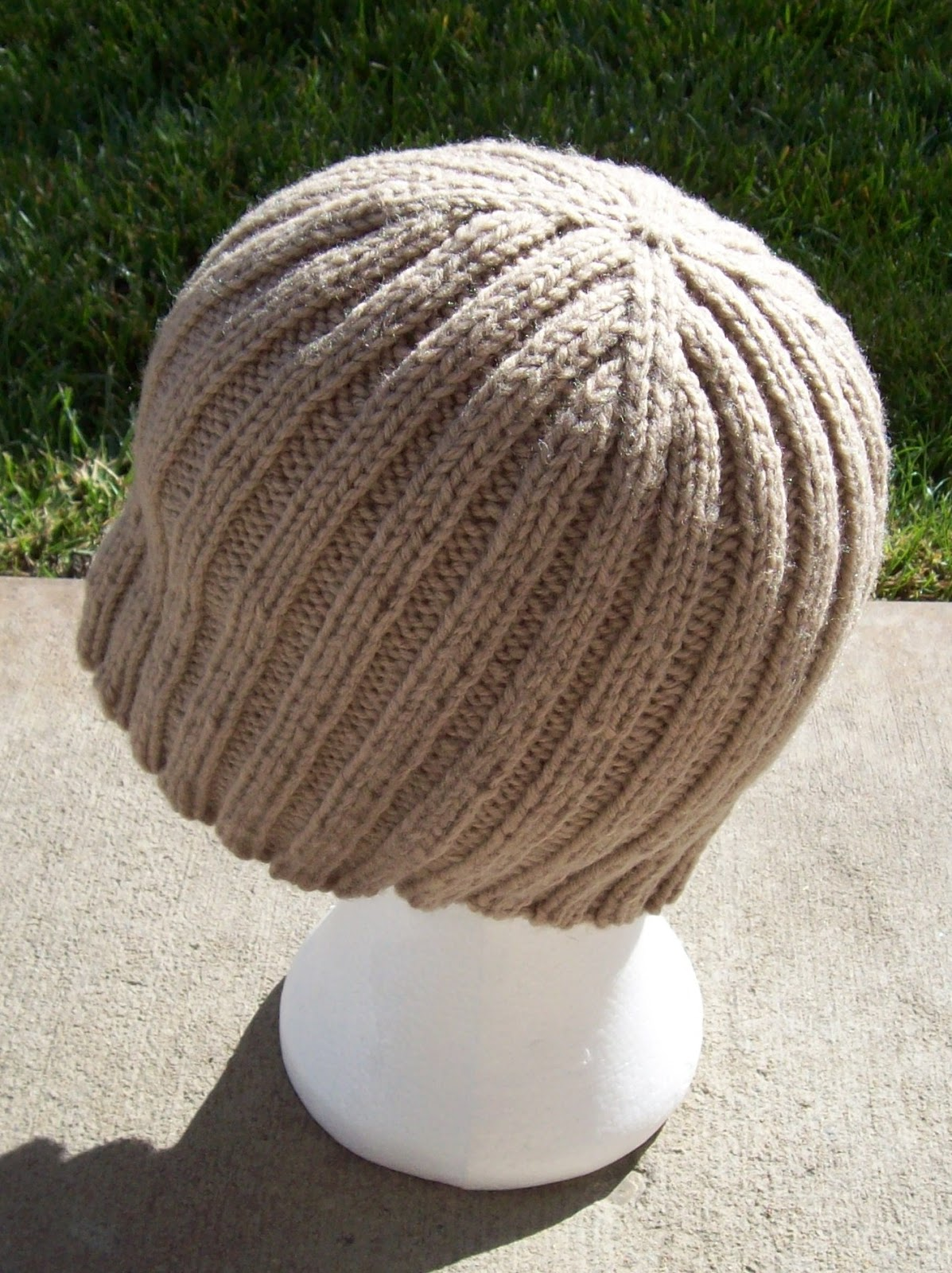 MAKE YOUR RIBBED DOUBLE BRIM HAT. With mm (K) hook. MAKING THE DOUBLE BRIM. RND 1: CH3, FDC 47, join with a slip stitch to top of beginning CH3. Use tail to sew the bottom of the CH3 and last FDC closed to form the first round of the brim.