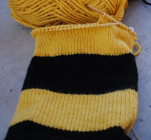 hufflepuff harry potter scarf progress close