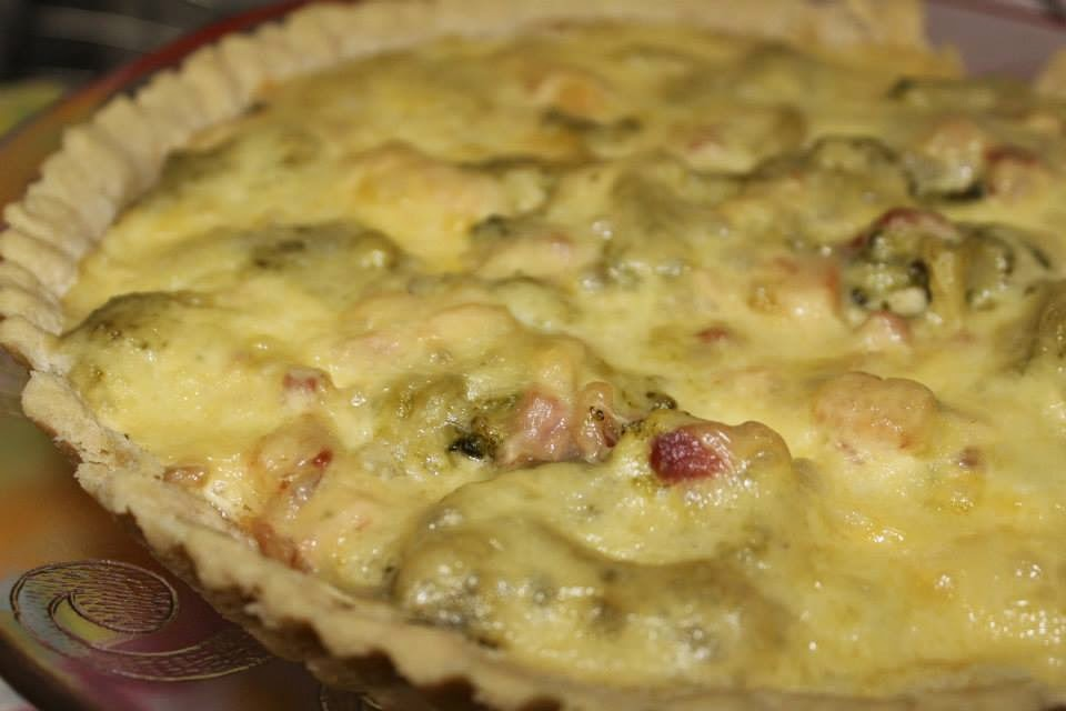 quiche de bacon com brócolis