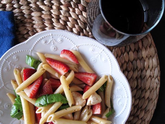 How to make Strawberry Caprese Pasta