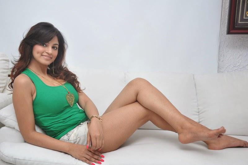 Shilpy Sharma lovely Heart