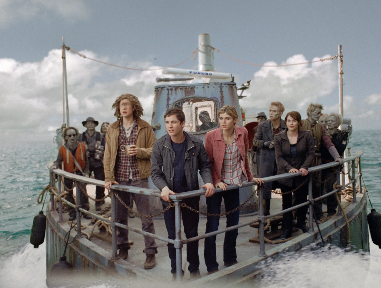 Percy Jackson: Sea of Monsters movie review, rating, trailer and photos.