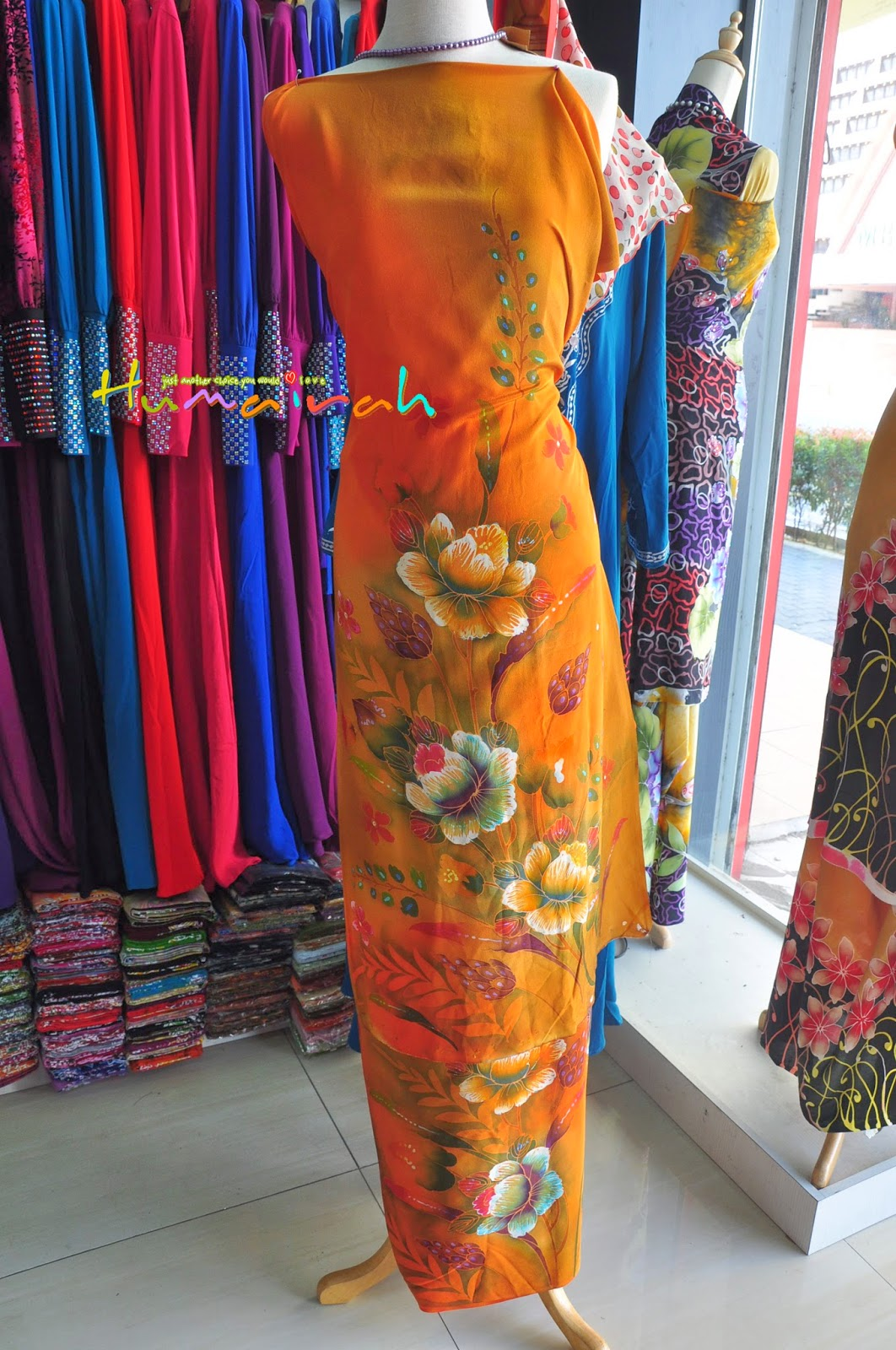 Batik Sutera Handmade Bunga Ros Oren
