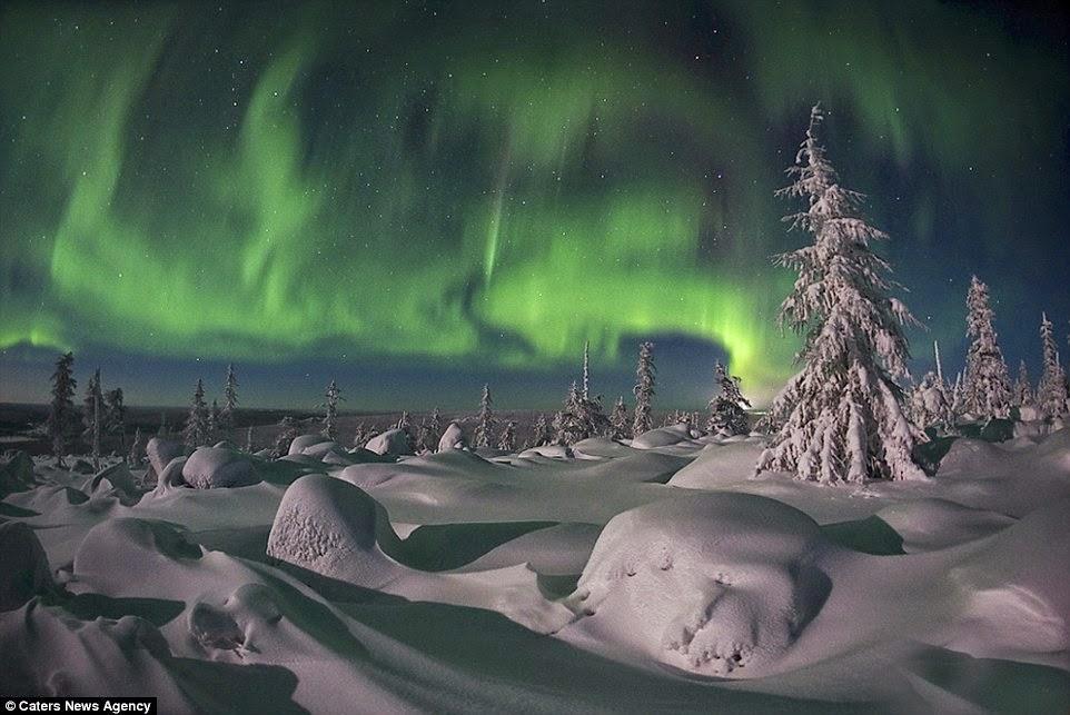 الشفق القطبي و الأرض المتجمدة