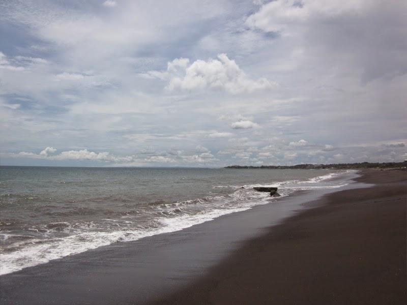 Tempat Wisata Pantai Siyut Gianyar