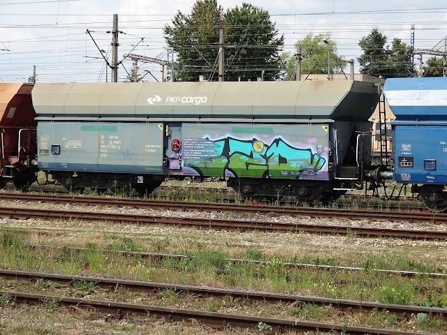 Graffiti na stacji Kielce Herbskie.