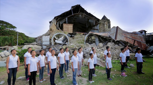 Loboc Children's Choir The Prayer