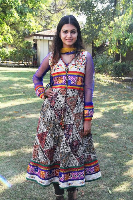 shubha shubha new spicy actress pics