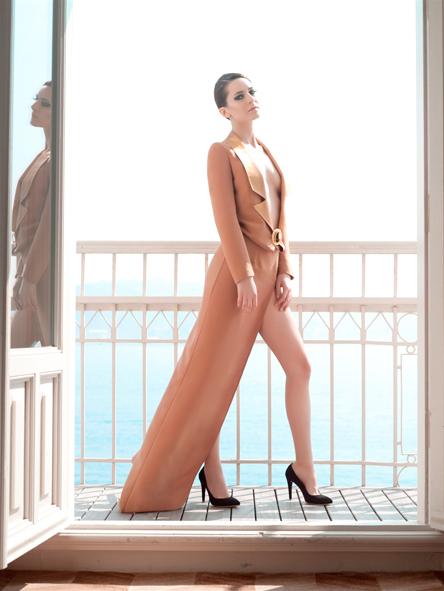 Özgür Masur la moda que llega de Oriente