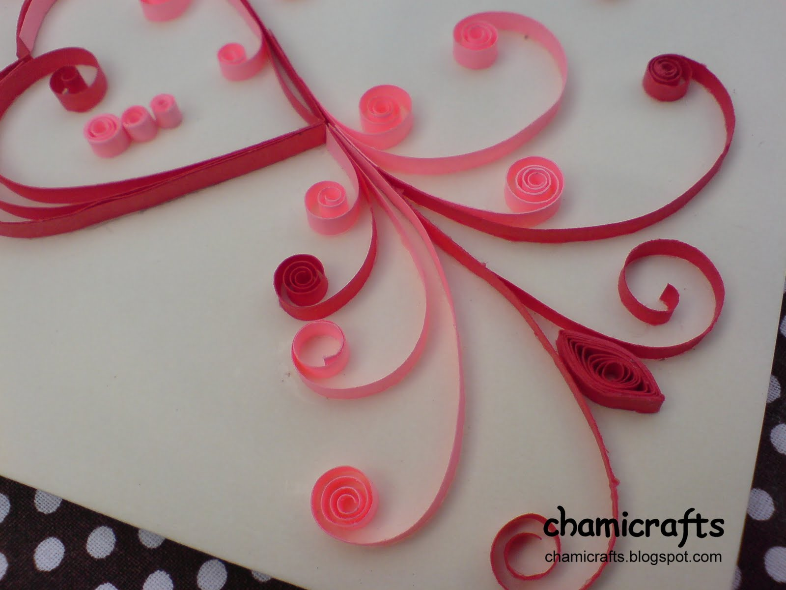 Chami crafts handmade greeting cards quilled heart in red and pink thursday july 14 2011 m4hsunfo