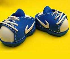 http://www.patronesfofuchas.org/2014/05/zapatillas-nike.html
