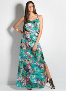 https://www.h2h.com.br/marianabeatrizbernardesmatias/produto/4894938-vestido-longo-floral-com-fenda