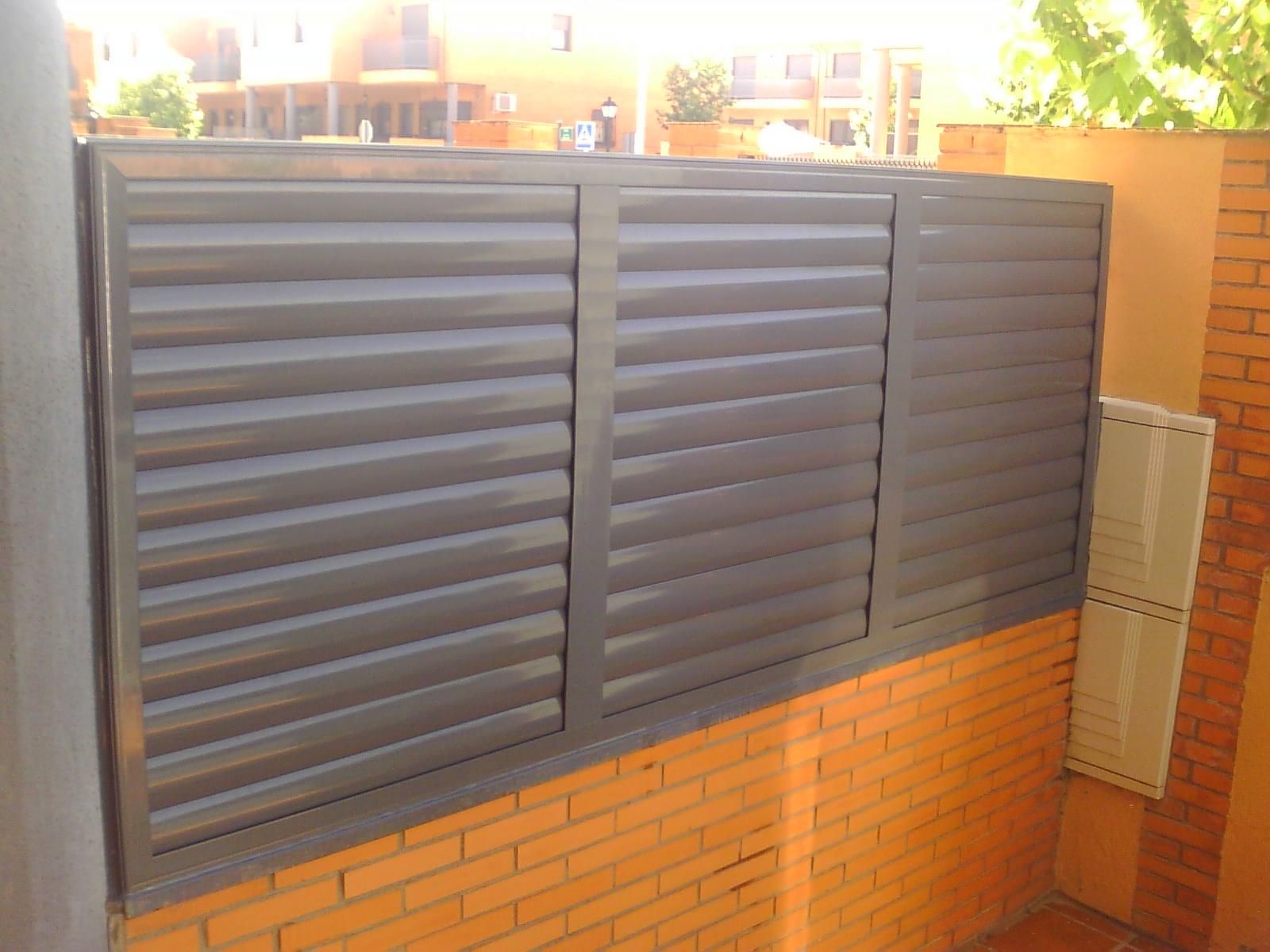 Aluminio y pvc en aranjuez y alrededores alumifrank - Puertas para vallas ...