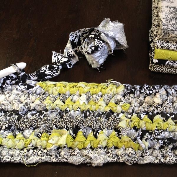 Crocheting Rag Rugs Tutorial : How to Crochet a Rag Rug Tutorial - NobleKnits Knitting Blog