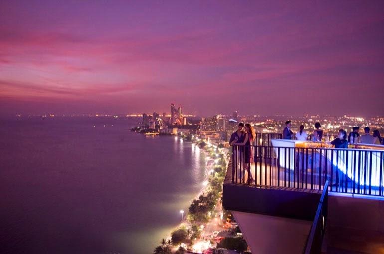 Horizon Bar Lounge Pattaya Beach