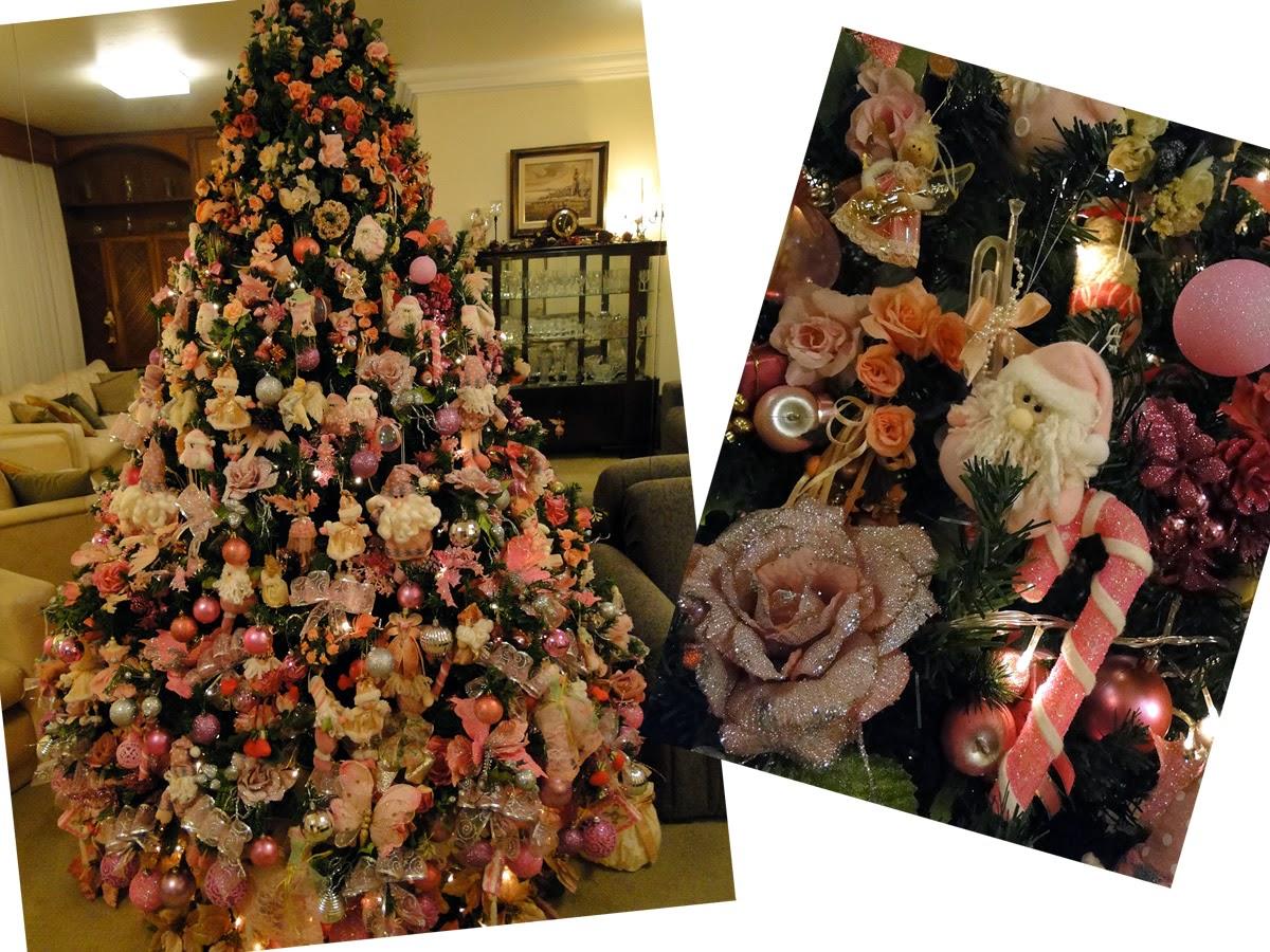 decorar uma arvore de natal : decorar uma arvore de natal:estilo da sua árvore natalícia depende de vários fatores