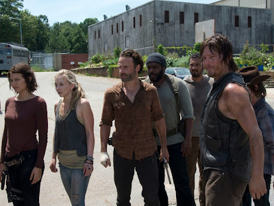 http://unrinconenelinternet.blogspot.com/2013/11/the-walking-dead-episodio-4x08-sin.html