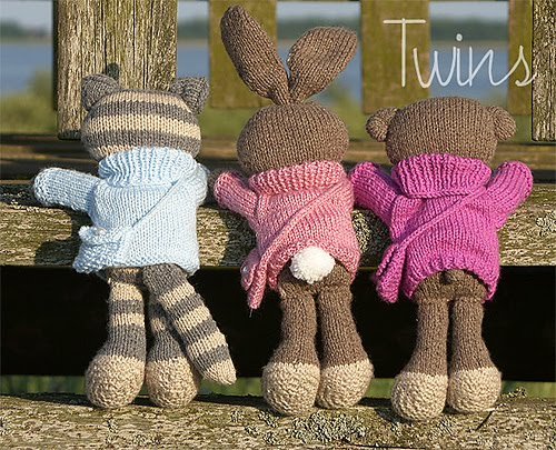 Knitting Patterns For Pet Rabbits : Knitted Toys: Happy Pets, knitted cat, knitted bear and knitted rabbit
