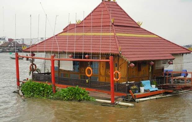 Rumah Adat di Indonesia rakit limas