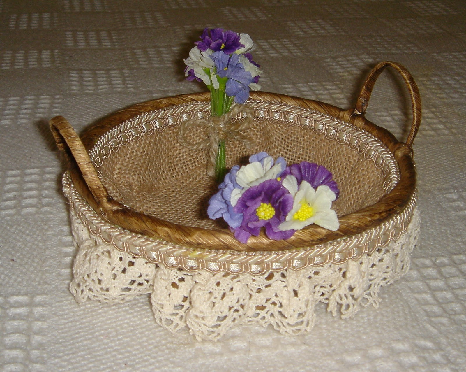 Decoraci n de cesta imagui for Decoracion de cestas