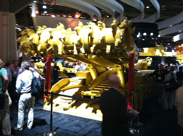 Caterpillar Underground Continuous Miner (front)