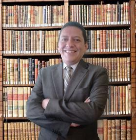 El autor: Julio César Navarro Villegas