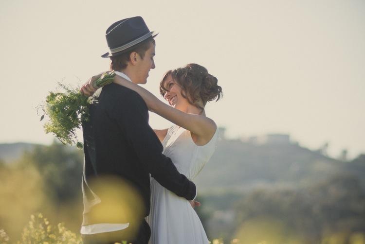 Bi počakala s poljubom do poroke?